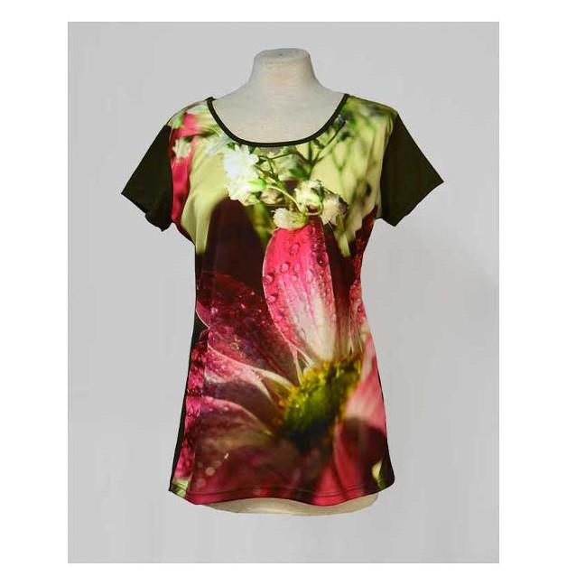 Camiseta flor rosa